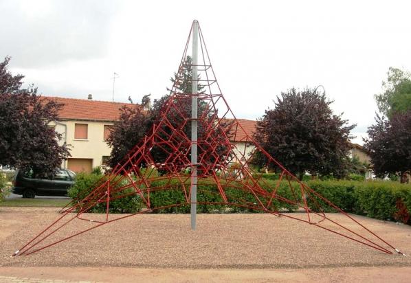 pyr005