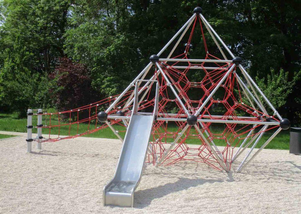 51-pyramide-de-cordes