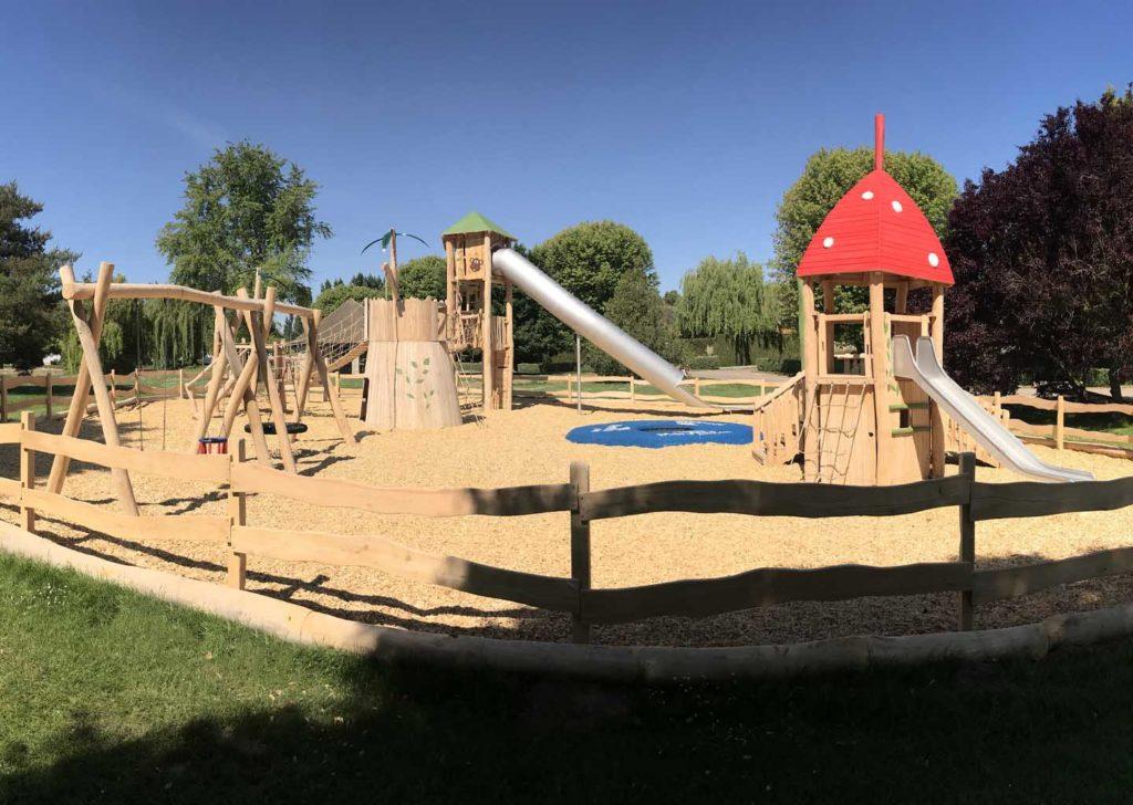 02-aménagement d'une aire de jeux en bois de robinier