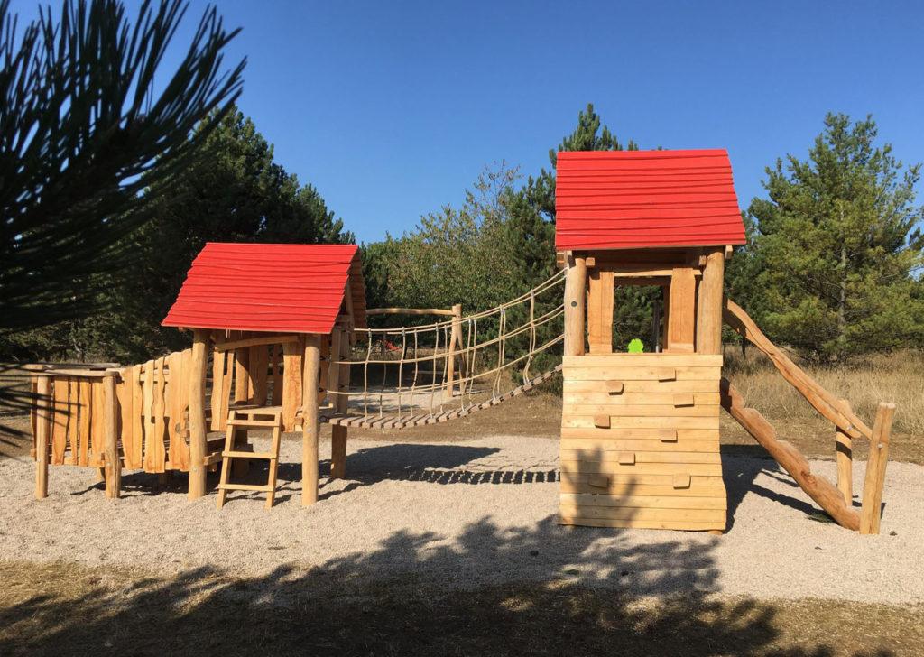 aménagement d'une aire de jeux en bois de robinier meurthe et moselle 54 (2)