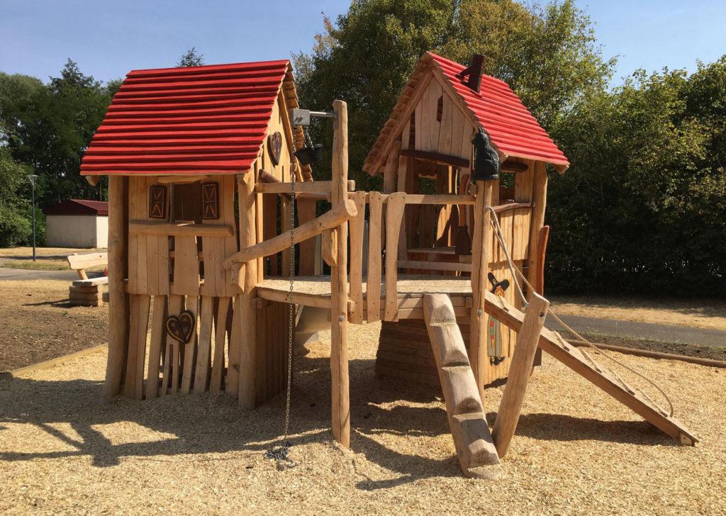 aménagement d'une aire de jeux en bois de robinier meurthe et moselle 54 (4)
